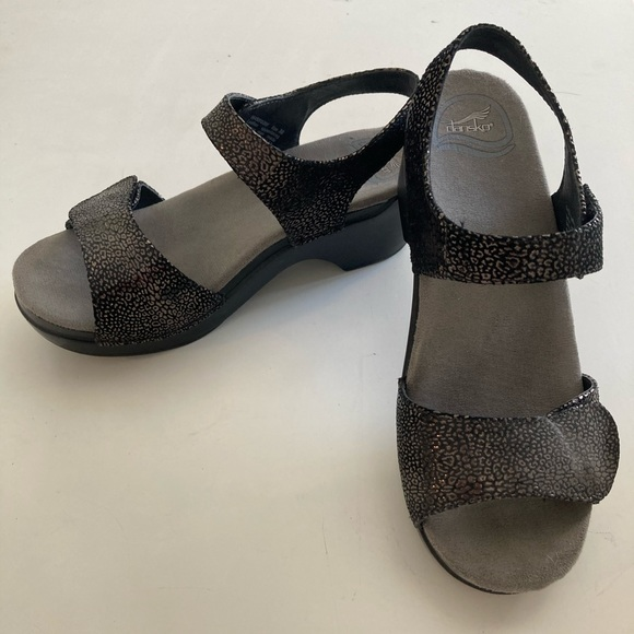 Dansko Shoes | Black Velcro Sandal